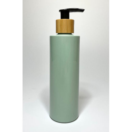 500ml Sage Green PET Plastic Cylinder Bottles with Bamboo Lotion Pump